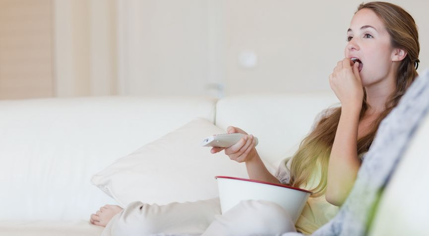 essen beim fernsehen
