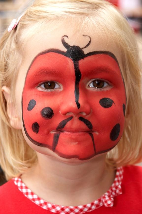 Kinderschminken Marienkäfer